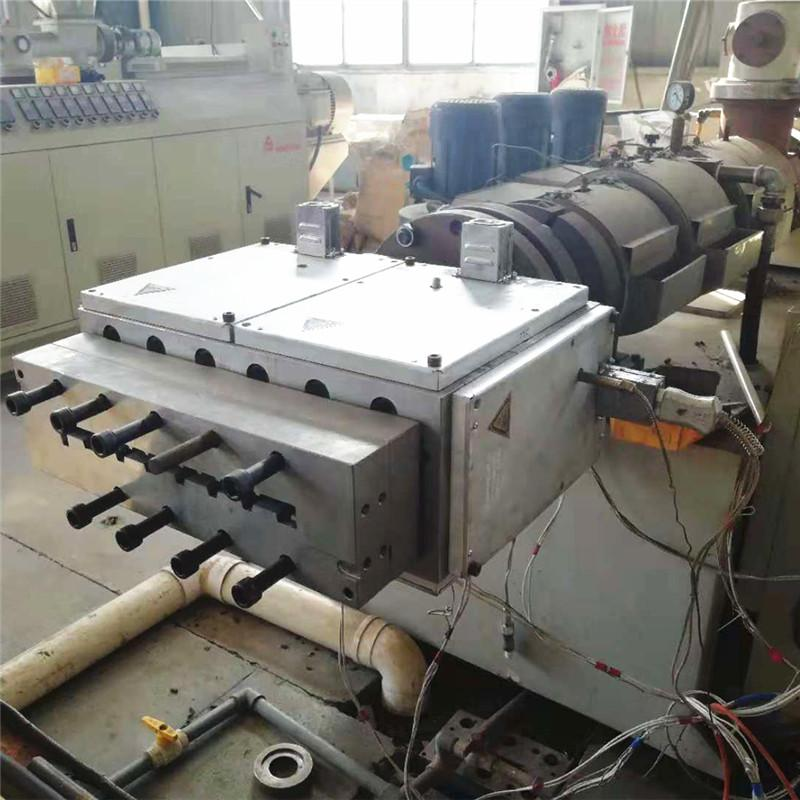 hot sale wpc decking extrusion mould  14
