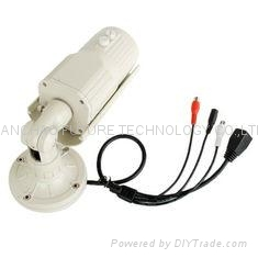 "H.264 1MP 720P P2P IP Camera , 1/4"" CMOS Waterproof Outdoor Cloud Network Camera 2"