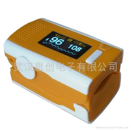 手指式脈搏血氧儀 4