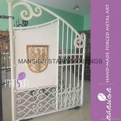 Front Yard Iron Farm Gate Design