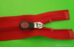 nylon zipper ,rubber puller