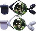 Unilateral retractable earphone (3D image)
