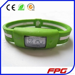 2015 Sport Silicone Wristband Watch
