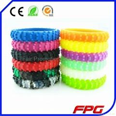 MOTO365 Road Tire Wristband Silicone Tire Tread Wristband