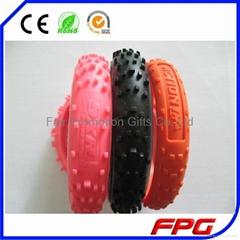 silicone wheel tread tire bracelet