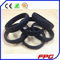 Customized Silicone Tyre Bracelet