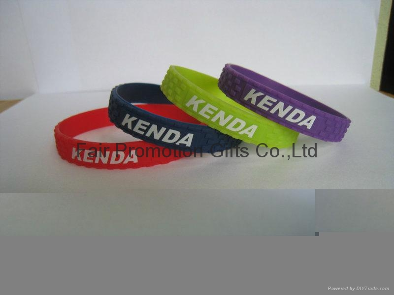 Kenda Bicycle Road Tire Bracelet 8