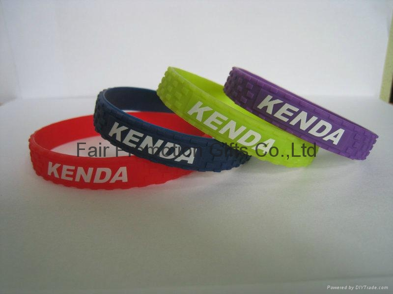 Kenda Bicycle Road Tire Bracelet 13