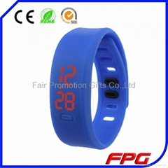 Hot New Casual Rubber Bracelet Digital Wrist Watch