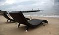 Hot pe rattan outdoor beach chaise lounge chair furniture