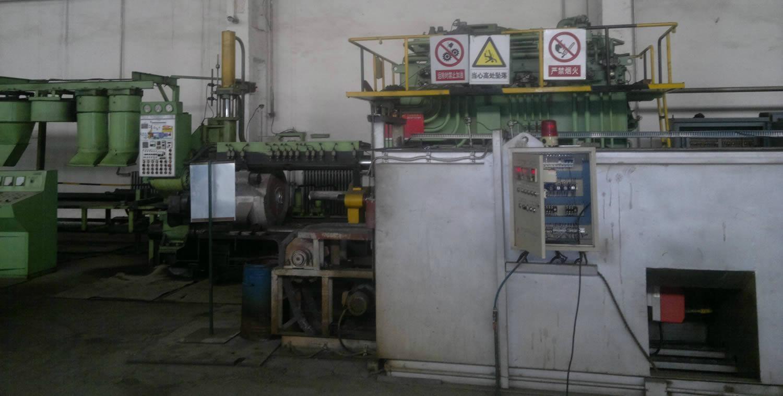 台湾源上二手880吨铝型材挤压机出售 1