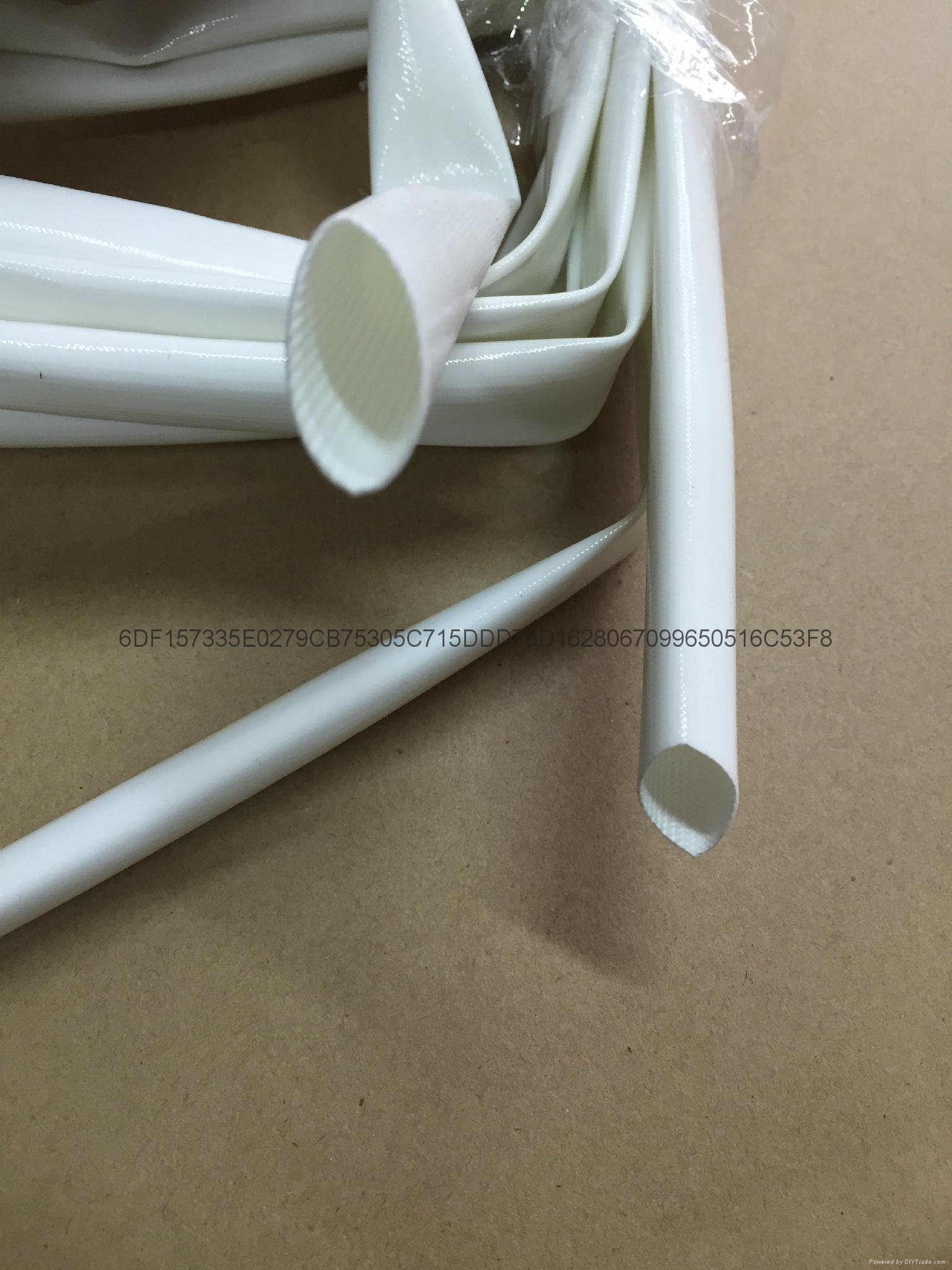 硅橡膠玻璃纖維(內纖外膠)套管 2