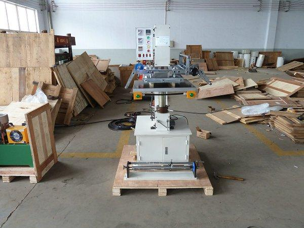 Large Pressure Embossing and Hot Stamping Machine (Hydraulic Hot stamping machin 3