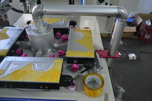 Straight Ruler Hight Speed Screen Printing Machine with Two Workstations 4