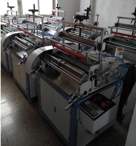 Hot Melt Adhesive Labeling Machine with Automatic Arranging Feeding System 3