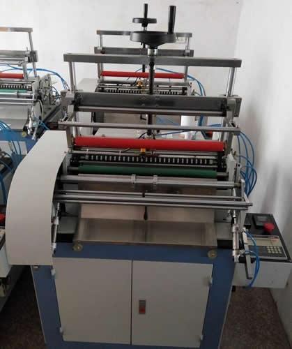 Hot Melt Adhesive Labeling Machine with Automatic Arranging Feeding System 5