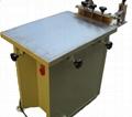 Manus screen printer with vacuum table