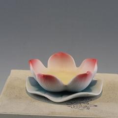 陶瓷莲花烛台