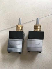 耐磨齿轮泵 5cc氟碳漆齿轮泵
