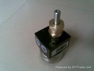 带清洗齿轮泵 PE木器漆齿轮泵 2