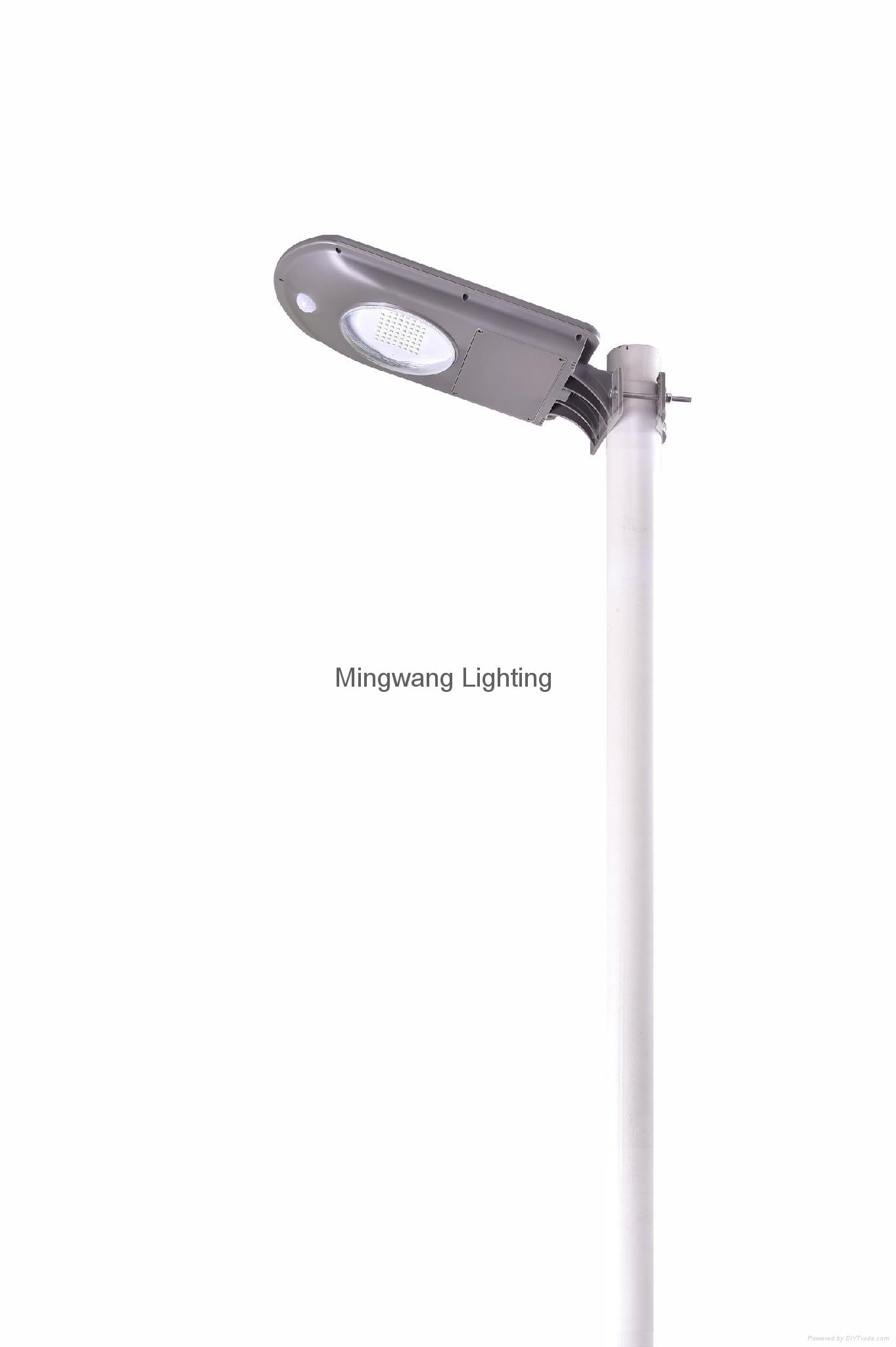 一體化太陽能庭院燈 4