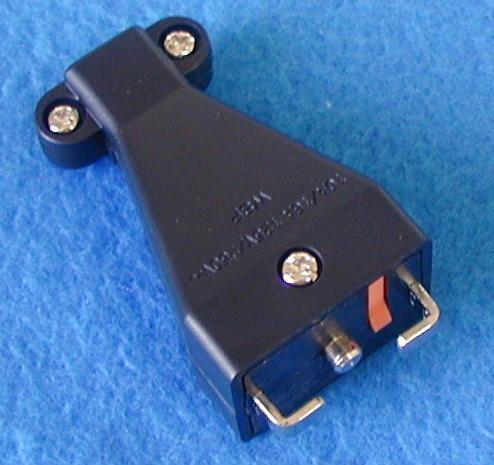 万用多用途插座+独特稳不落的L型安全插座(二极带接地) 4