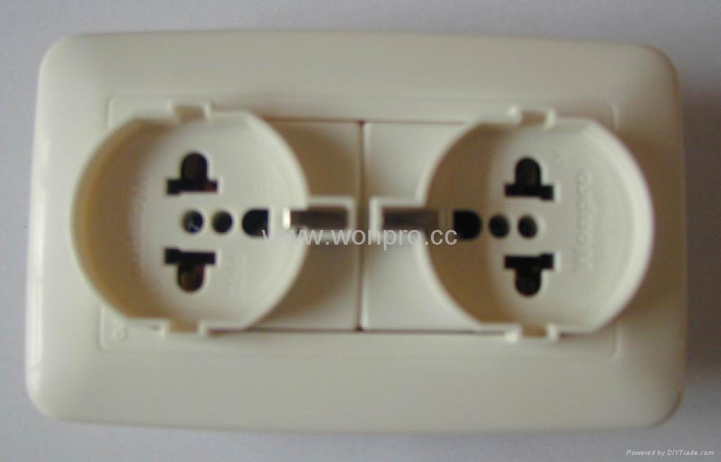 WF75款欧式万用插座 3