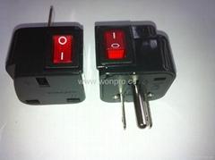 日美式插頭轉英標插座附開關帶燈轉換器(WSA7-5-BK)