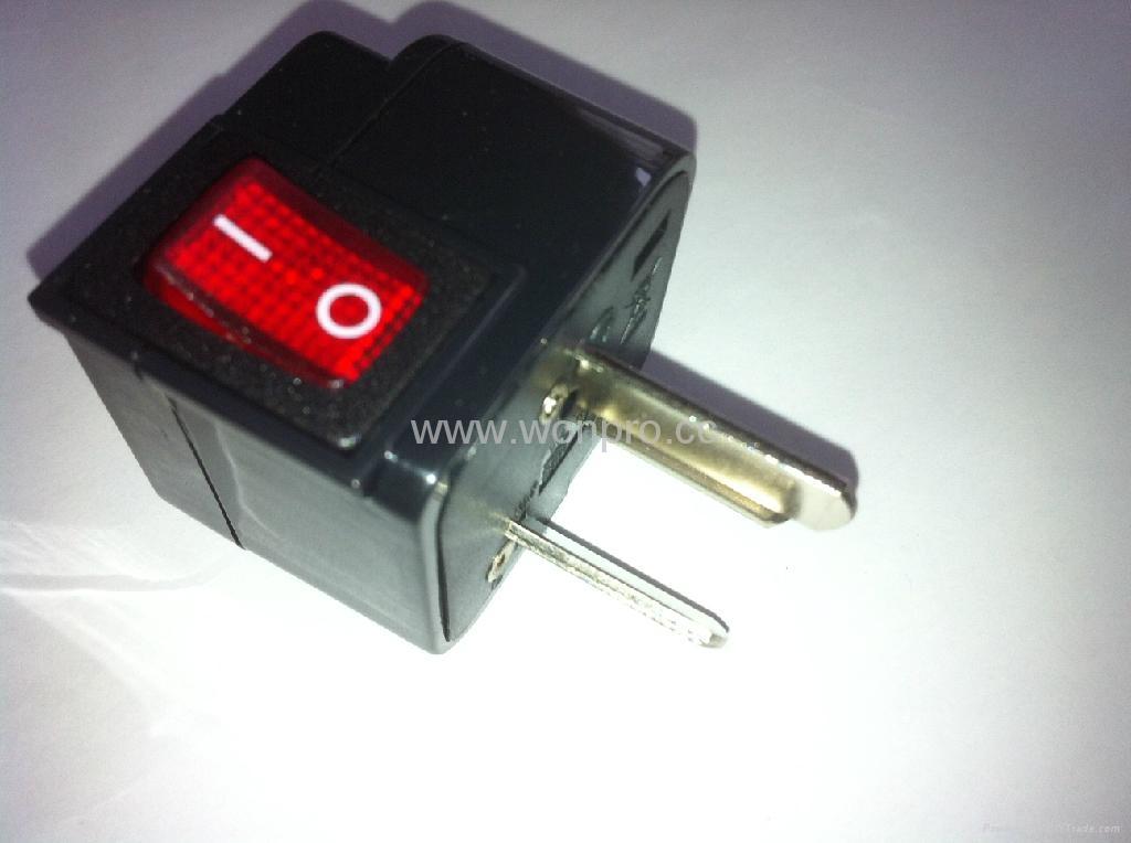 中澳洲式插头转美标插座附开关带灯转换器(WSA5A-16-BK) 3