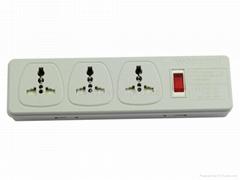 防雷3位萬用插座帶保護延長線帶IEC(排插, 中間轉換器)