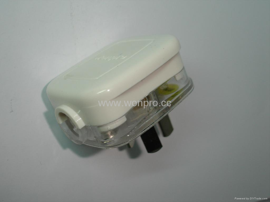 中国3C国标GB二极带接地自配线10A插头白色(WSP-16-W) 4