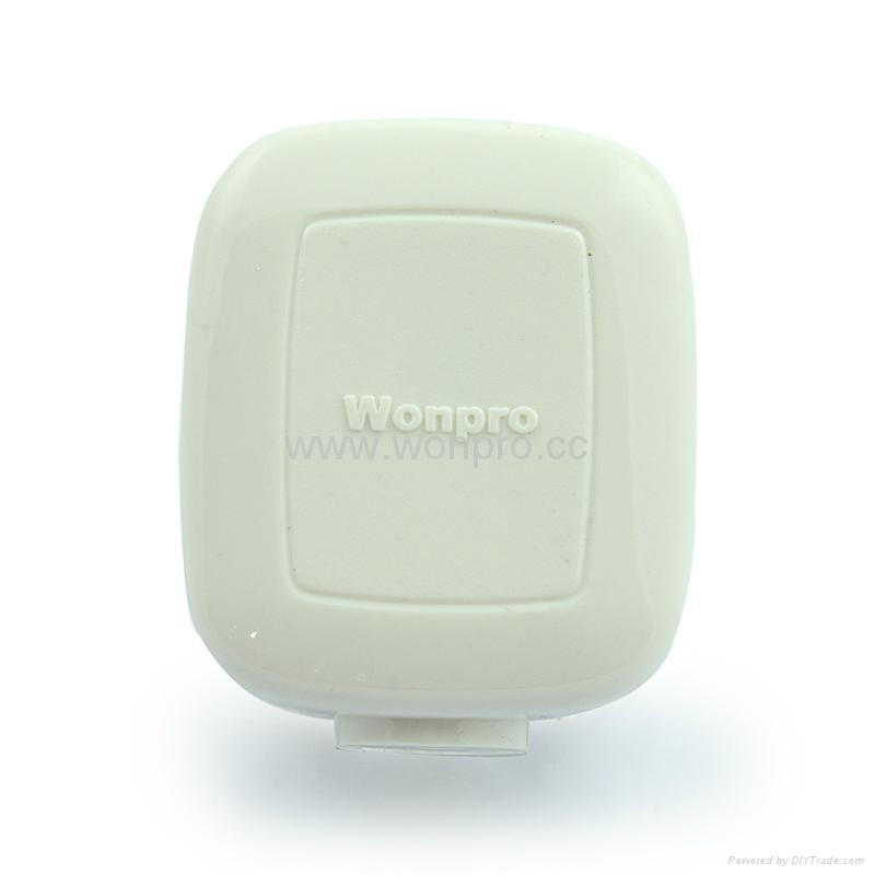 中国3C国标GB二极无接地自配线插头10A250V白色(WSP-6-W) 2