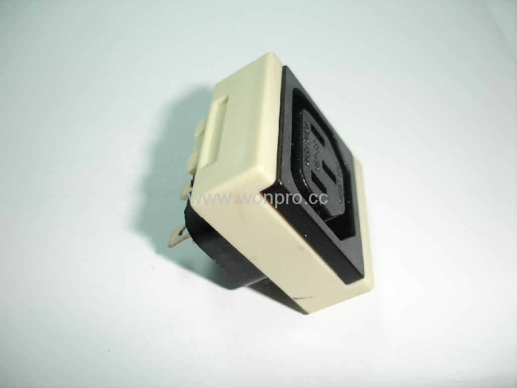 IEC female socket 2P+E C13(RIEC-W) 4