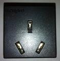 国标三极10A插座黑色(R16