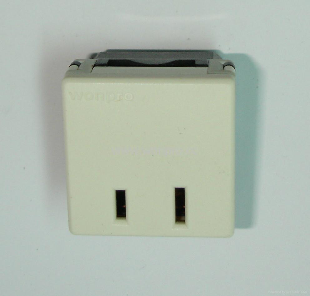 US standard 2-pole socket-outlets10A250Vor 15A125V(R6A-W) 1