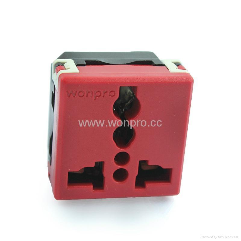 万用多用途插座模块红色2P+E(R4-R) 1