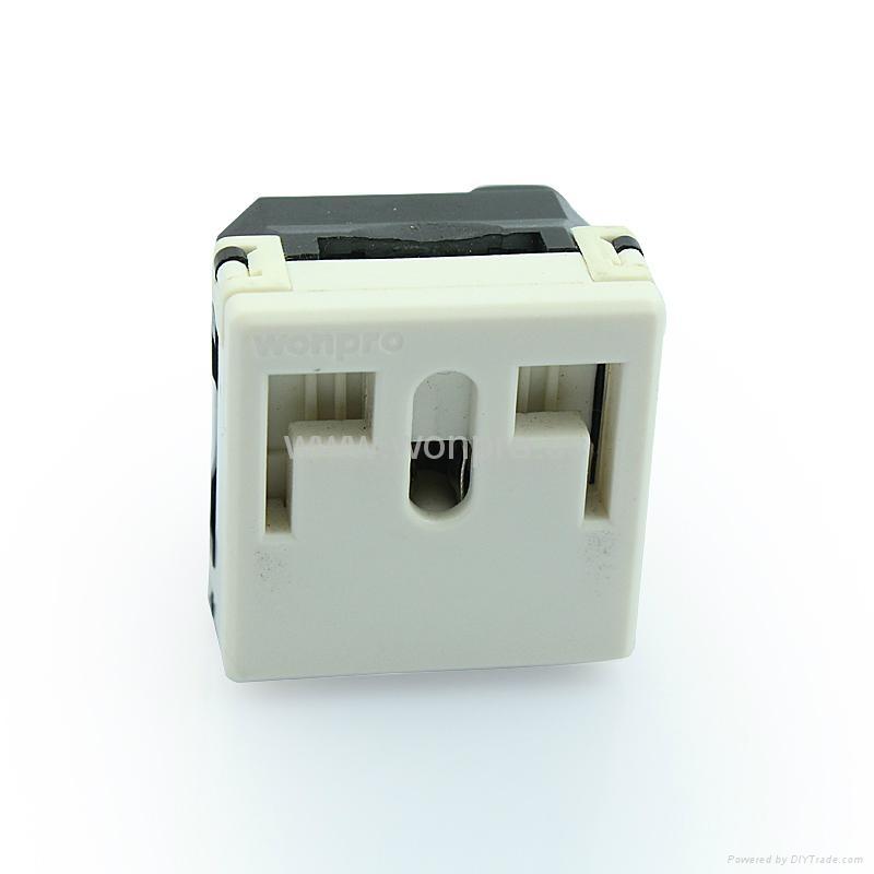 独特稳不落的L型安全插座 二极带接地(R2-W) 1