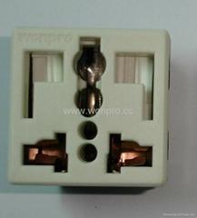 萬用多用途插座+獨特穩不落的L型安全插座二極帶接地(R3-W)