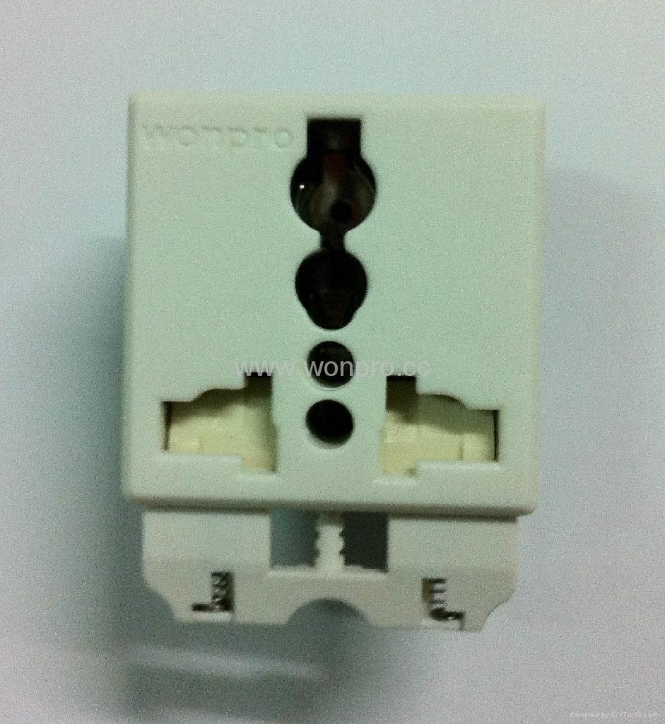 万用多用途插座模块带保护门10A250V(R4S-W) 1