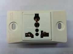 埋入式工業用只適用220V插頭一位萬用插座(WF-9.1RU4T-W 16A)