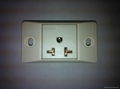 Buried type1 gang universal sockets for