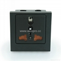 Inlay way1 gang Universal Socket with safety shutter in black(BSF-R4TS-BK)