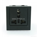 Inlay Way Universal Socket 2P+E in black(BSF-R4-BK 10A)