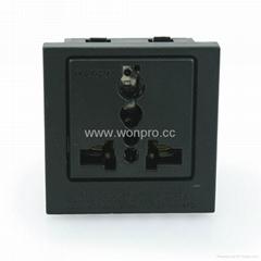 英卡入式一位万用插座黑色2P+E(BSF-R4-BK 10A
