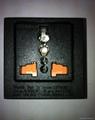 英卡入式工业用一位万用插座带保护门黑色2P+E(BSF-R4S-BK 10A 橘黄门) 1