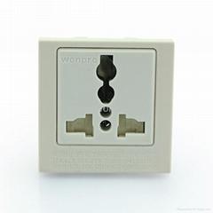 英卡入式工業用一位萬用插座帶安全門帶鎖線螺絲2P+E(BSF-R4TS-W 16A)