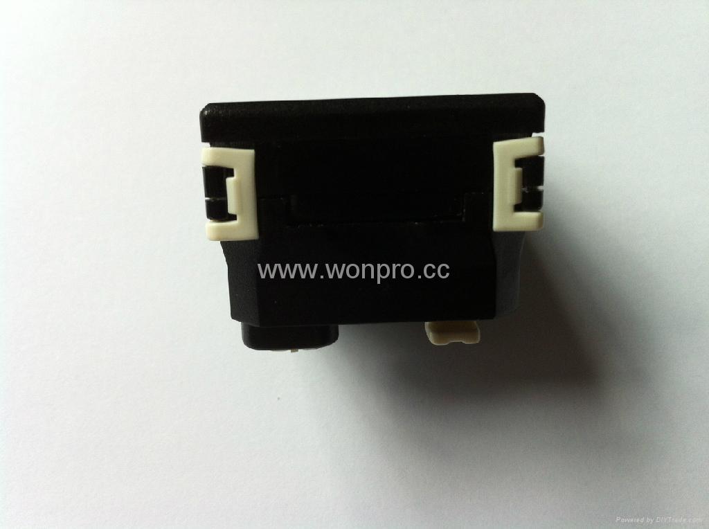 英标插座黑色2P+E(R7-BK) 5