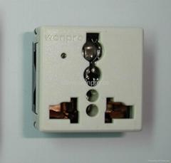 萬用多用途插座模塊帶電源指示燈2P+E(R4V-W)