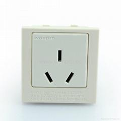 英卡入式工业用一位多用插座带2P+E(BSF-R16-W 1