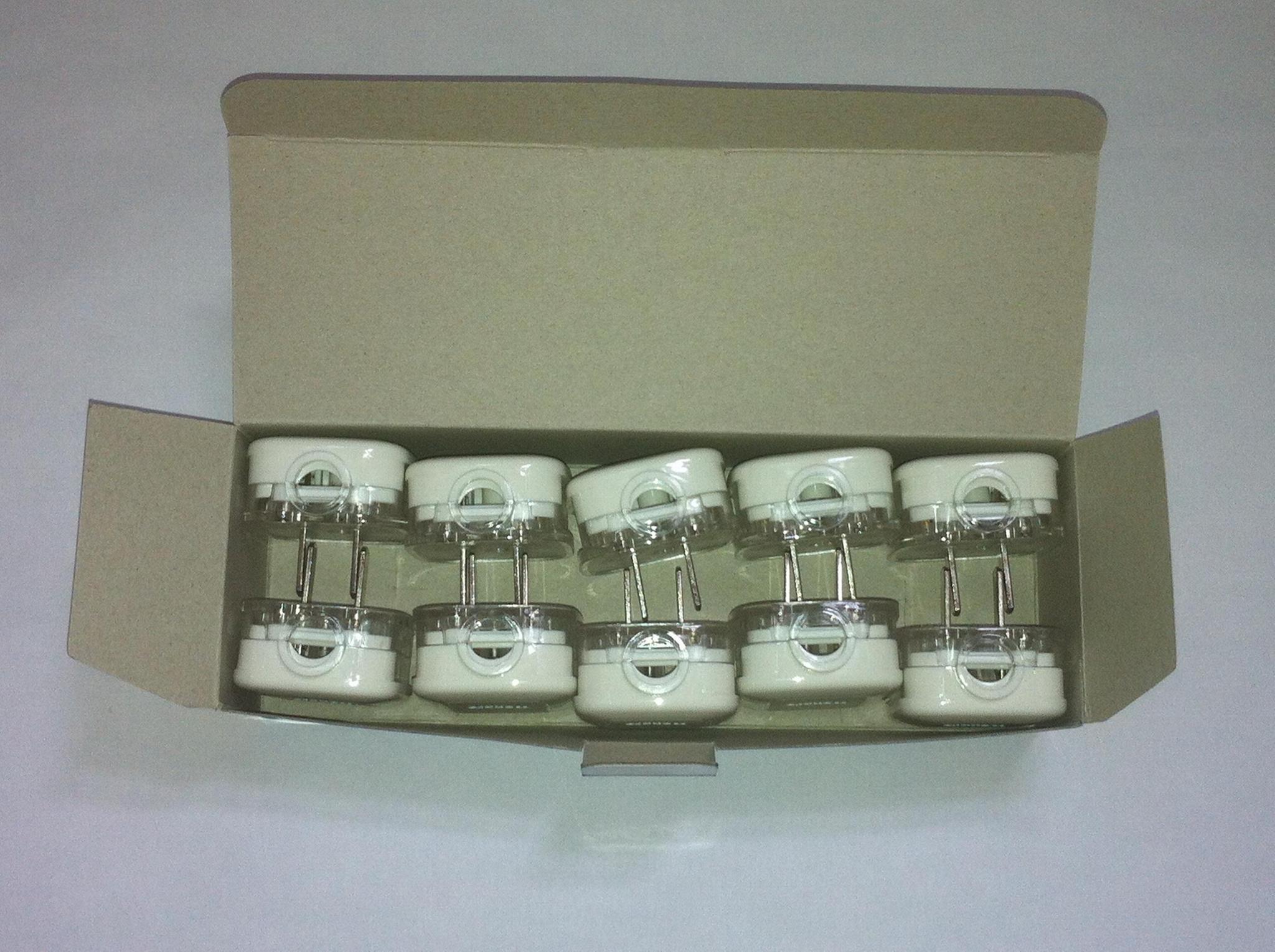中国3C国标GB二极无接地自配线插头10A250V白色(WSP-6-W) 7